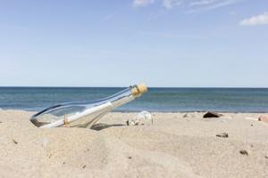flaskepost-pa-stranden
