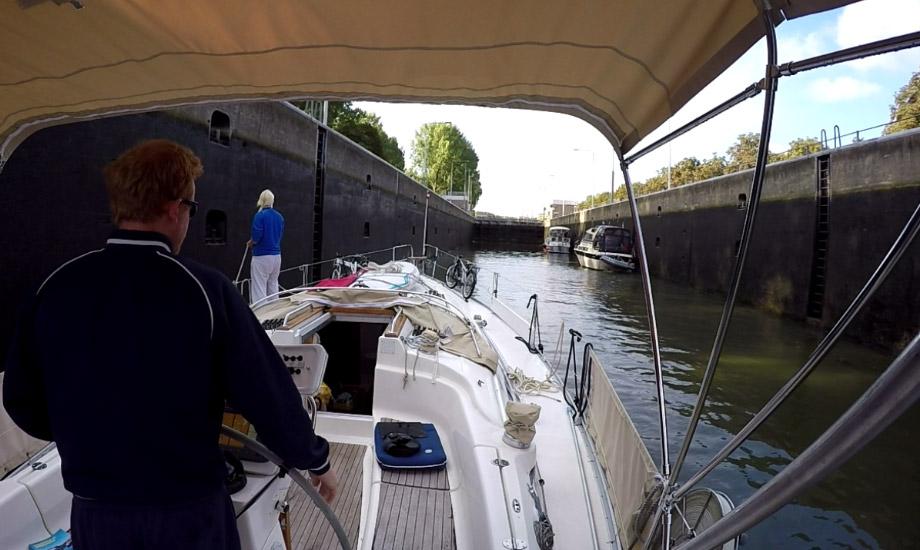 kanalveien-til-middelhavet-med-båt
