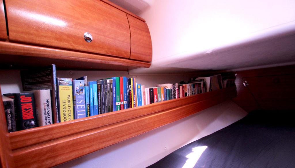 airbnb-sailboat-fabula (1)