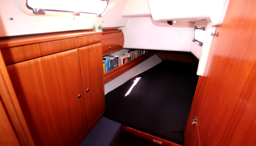airbnb-sailboat-fabula (2)