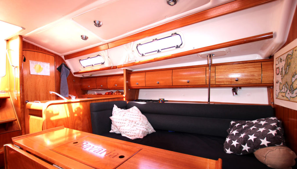 airbnb-sailboat-fabula (5)