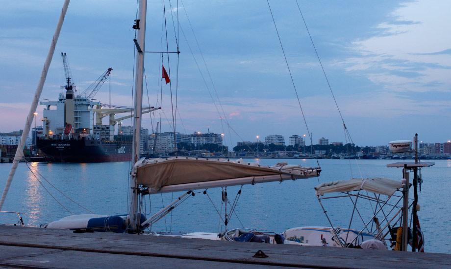 durres-harbour-albania-albany (12)