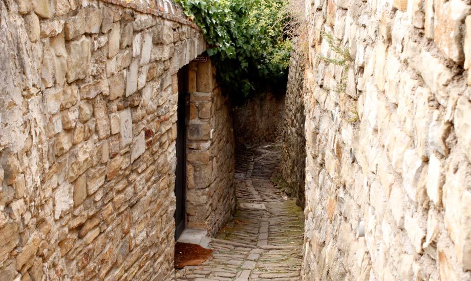 Gamlebyen med de koselige trange gatene i Piran