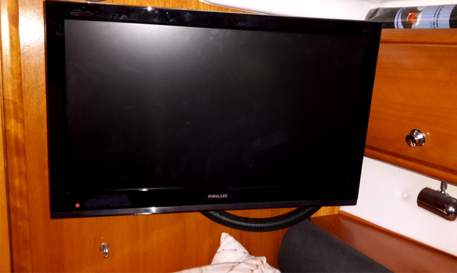 tv-ombord-led-1