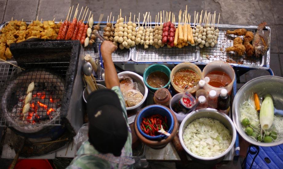 Hvordan-unngå-å-bli-matforgiftet-i-Thailand3