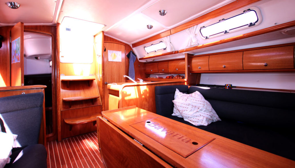 airbnb-sailboat-fabula (4)